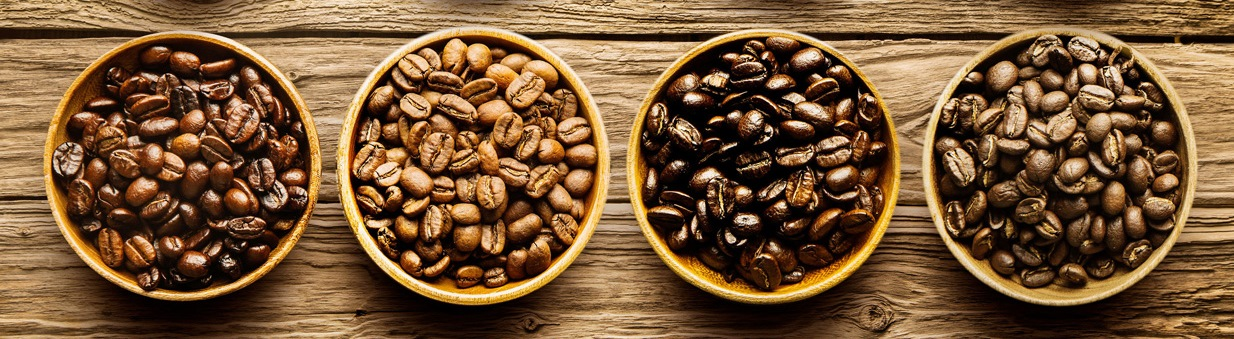 зерна кофе разной обжарки